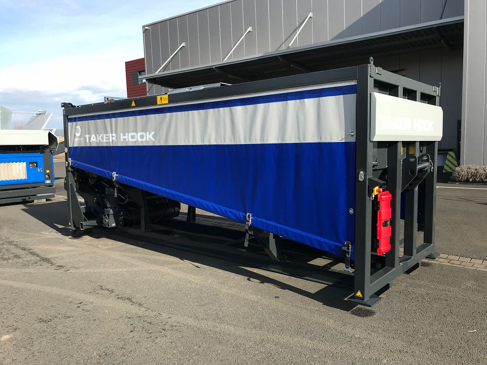 Robust and corrosion-resistant machine cladding using the proven tarpaulin system (customer-specific design as option)