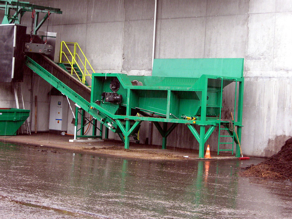 TAKER TL-12 – separation of compost with magnetic separator